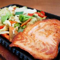 quentes-teppanyaki-salmao
